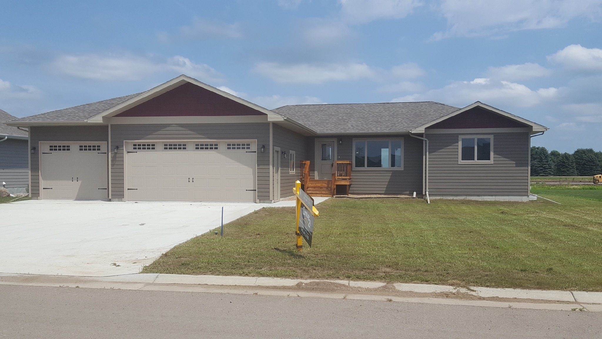 Viking 100 – Sold/Spec House Located in Volga, SD